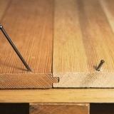 Укладка ламината на старый деревянный пол.